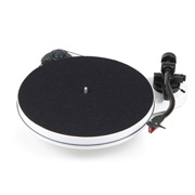 Pro-Ject RPM 1 Carbon DC (2M Red) White Gloss